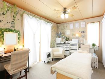癒しのプライベート隠れ家サロン | 滋賀県守山市の痛くない小顔矯正&エイジングケア専門サロン